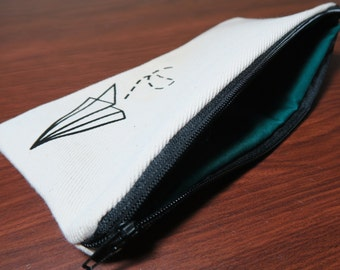 Paper Plane Pouch Natural Color