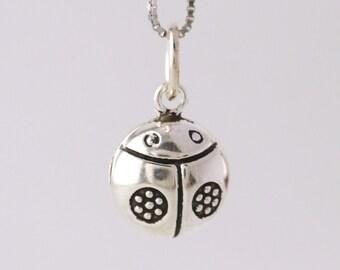 20PCs Gift Silver Tone Ladybug Charms Pendants Findings