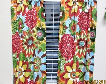 Robert Allen cafe curtains -  2 panels/ Tiers - Valance sold seperately /  Kitchen, Laundry, Bedroom, Sunroom