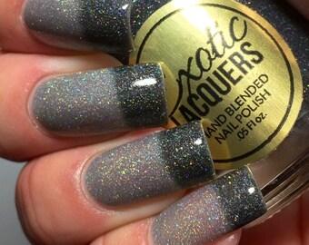 MONSTER SHADOWS Black Holographic Thermal Color Changing Nail Polish