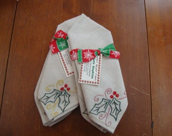 Hand-Embroidered Holly Cloth Napkins, Set of 2