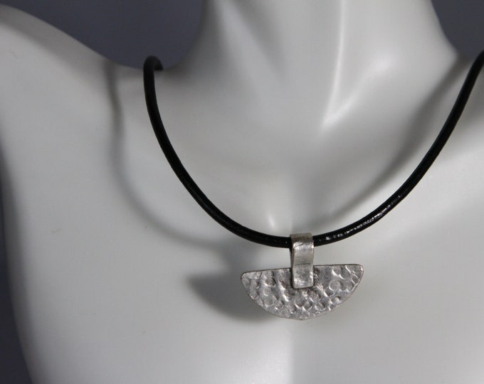 Ethnic Semi circular hammered matte choker necklace with magnetic closure