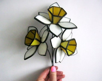 Daffodils Stained glass flowers bouquet Garden decor Tiffany style 3d glass sculpture White daffodils Home decor