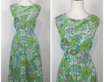 Vintage 50s dress / 1960s dress / 1950s dress /  60s dress / floral dress / wiggle dress / day dress / party dress / full skirt / M1299