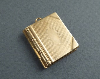 14 K book locket
