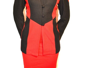 Womens vintage Suit/ Vintage blazer and skirt set/ vintage blazer Size 8