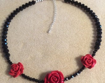 Red rose choker necklace