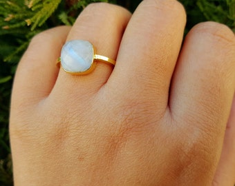 Moonstone Jewelry- Moonstone Ring - Stackable Ring - Gold Ring - Gemstone Ring - Moonstone Ring Gold - Moon Stone Ring