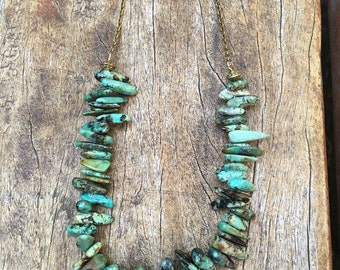 Stunning turquoise chip necklace, silver or bronze