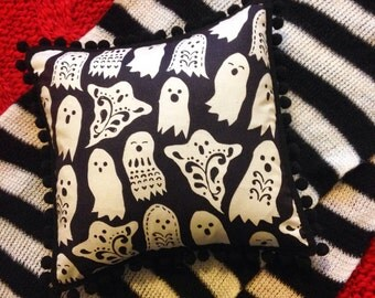 Happy Halloween Ghosties cushion