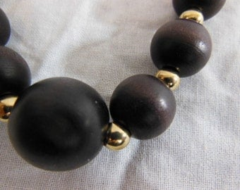 Vintage Wood and Gold Bead Necklace by BR