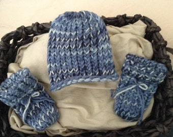Baby boy hat and booties set,Blue baby boy knit beanie hat,infant hat,Baby boy blue hat,Newborn Baby hat,Newborn baby hat and booties
