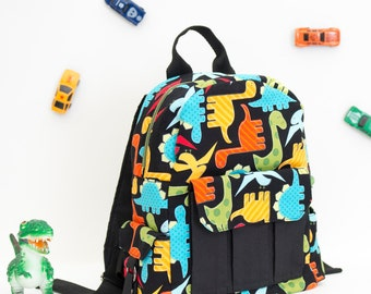Toddler backpack with dinosaurs