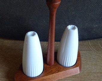 Alka Kunst Bavaria Salt and Pepper Set Porcelain Teak Wood holder
