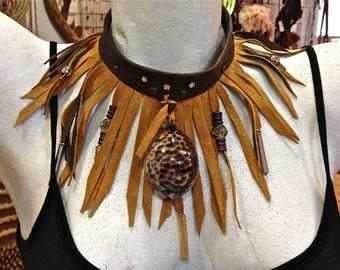 FREE SHIPPING!!! leather bib necklace,boho,hippie,chic,gypsy,vintage,ethnic,collar babero,piel,étnico,fringe,flecos