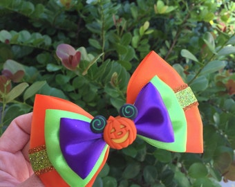 Halloween not so scary! Inspired hairbow