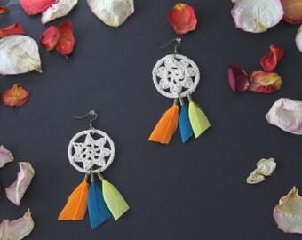 Bohemia ornate multicolor feather earring