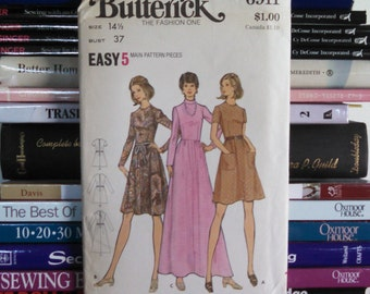 UNCUT 1970s Butterick-The Fashion One-Easy Pattern 6911-Fitted Bodice & Flared Dress-3 Lengths-Maxi Dress-Misses' Half Size 14 1/2-Bust 37