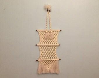 Vtg large white macrame wall hanging