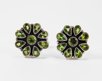 Beautiful Peridot Flower Sterling Silver 925 Handmade Cufflinks Mens Jewellery Green by AmoreJewels