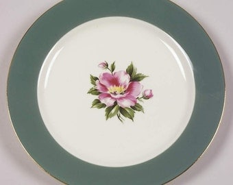 Set of 8 Homer  Laughlin  Century Service Corporation Alliance Ohio Empire Green Bread/Butter Plates