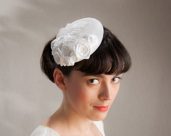 Bridal Fascinator offwhite