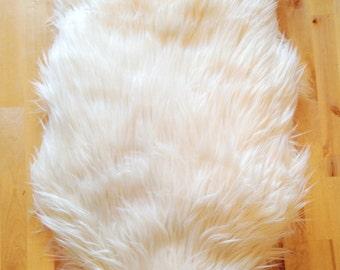 Faux Sheepskin Pet Bed