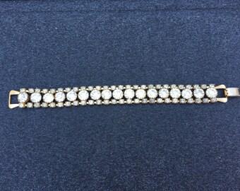 Vintage Clear Rhinestone and Gold Bracelet 0691