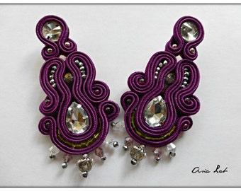 Earrings plum is the new black