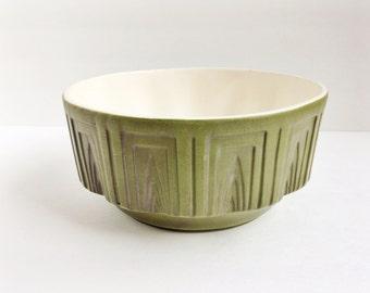 Vintage Haeger planter / green / 157