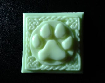 Set of 9 paw print guest soaps