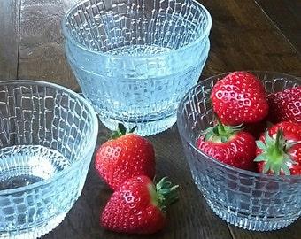 retro snakeskin effect glass dessert bowls, vintage, 1960s, 1970s, serving bowls.