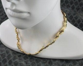 Vintage  Gold Tone Trifari Necklace