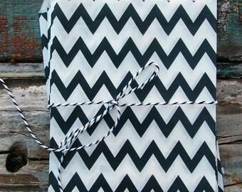 Black Chevron Paper Treat Bags - (12 pcs) - TBCV-BK