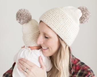 Women's Pom Pom Knit Beanie in Cream Wool