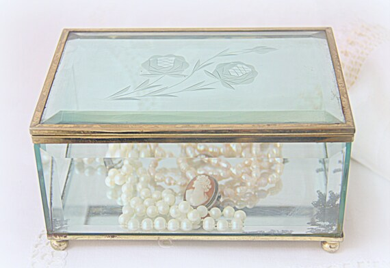 Beautiful Vintage Display Box, Jewelry Box, Faceted Glass with Etched Lid and Brass Rims