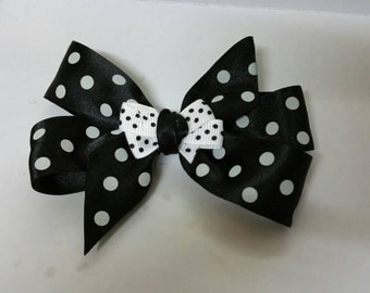 Monochrome Bow Black and White polka dot clip uk
