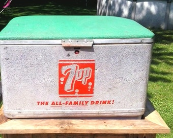 Vintage 1950' Seven Up 7UP Picnic Cooler Ice Chest CRONSTROMS RARE NICE
