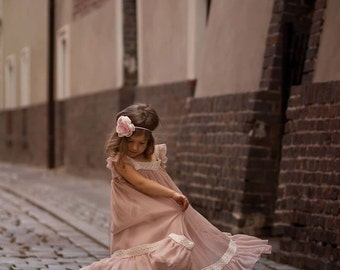 Vintage, romantic dress for girls, photo session, bridesmaid,