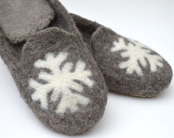 "Handmade Felted Slippers ""Snowflake"""