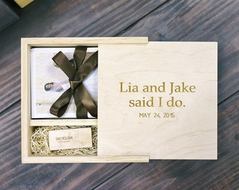 16GB USB + 4x6 Prints Wooden Box, Custom Engraved Wooden USB + Wooden Box, Engraving included