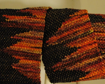 Woven Scarf-Clasped Weft