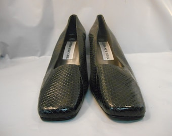 Vintage Jasmin New York Black Leather Snake Texture Pumps Women's Size 6.5 M