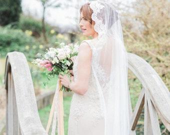 Mantilla lace silk style wedding veil, Mantilla Wedding Veil, Mantilla bridal veil, Spanish veil, Mantilla veil