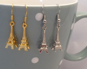 Dainty little Eiffel tower in antique silver and gold plated
