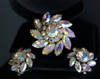 Vintage Sunburst Crystal Rhinestone Brooch and Clip On Earrings
