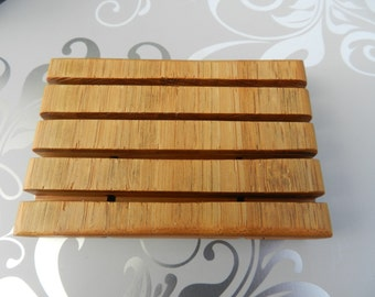 Bamboo Soap Saver. Made from Sustainable Bamboo. Hand made in the USA. Bamboo Soap Dish with Mineral Oil Finish