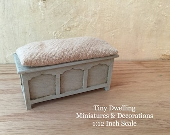 Dollhouse Bench, Miniature Bench, French Country Bench, Miniature Sette, Dollhouse Sette