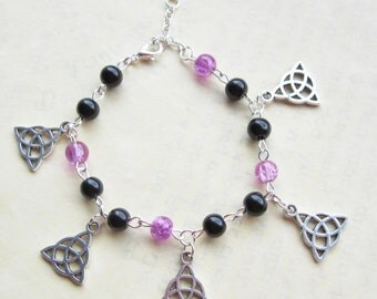 Celtic Triquettra Charm Bracelet, Black/Light Purple beads