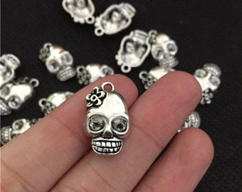 BULK 30 Skull Charms Antique Silver Tone Day of the Dead WS5804